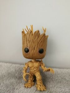 EO-27-BABY-GROOT-AVENGER-DISPLAY-FIGURE