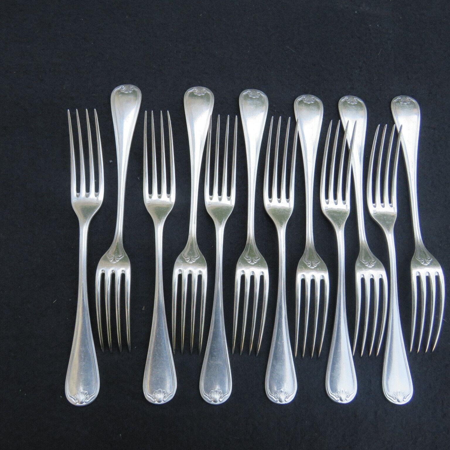 CHRISTOFLE 12 fourchettes de table en métal  argenté modèle coquille bérain