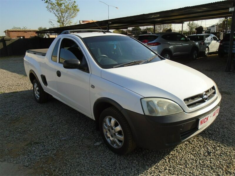 Opel Corsa Utility 1.4 Sport, White with 93000km, for sale!