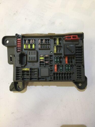 BMW X5 E70 Boîte à fusibles Puissance Boîte De Distribution 518954021 A