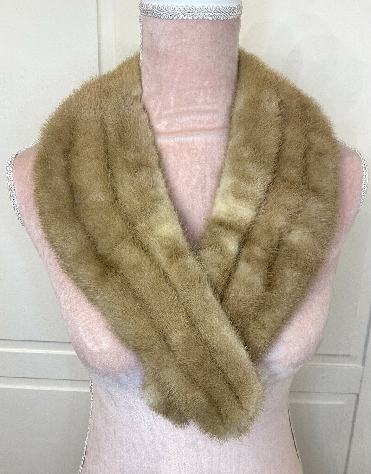 VTG 1950s Real Fur Wrap Style Stole Collar Golden Light Brown Mink Occasional