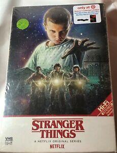 Netflix-STRANGER-THINGS-Season-1-4-Disc-4K-Ultra-HD-Blu-Ray-Set-amp-Poster