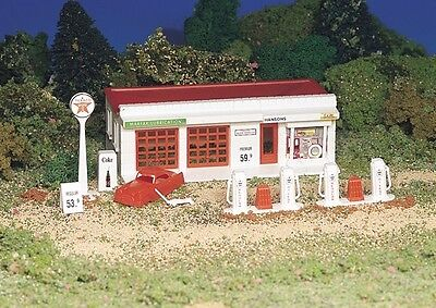 Bachmann Plasticville 45174 Gas Station Plastic Kit 1/87th Scale H0 Gauge T48