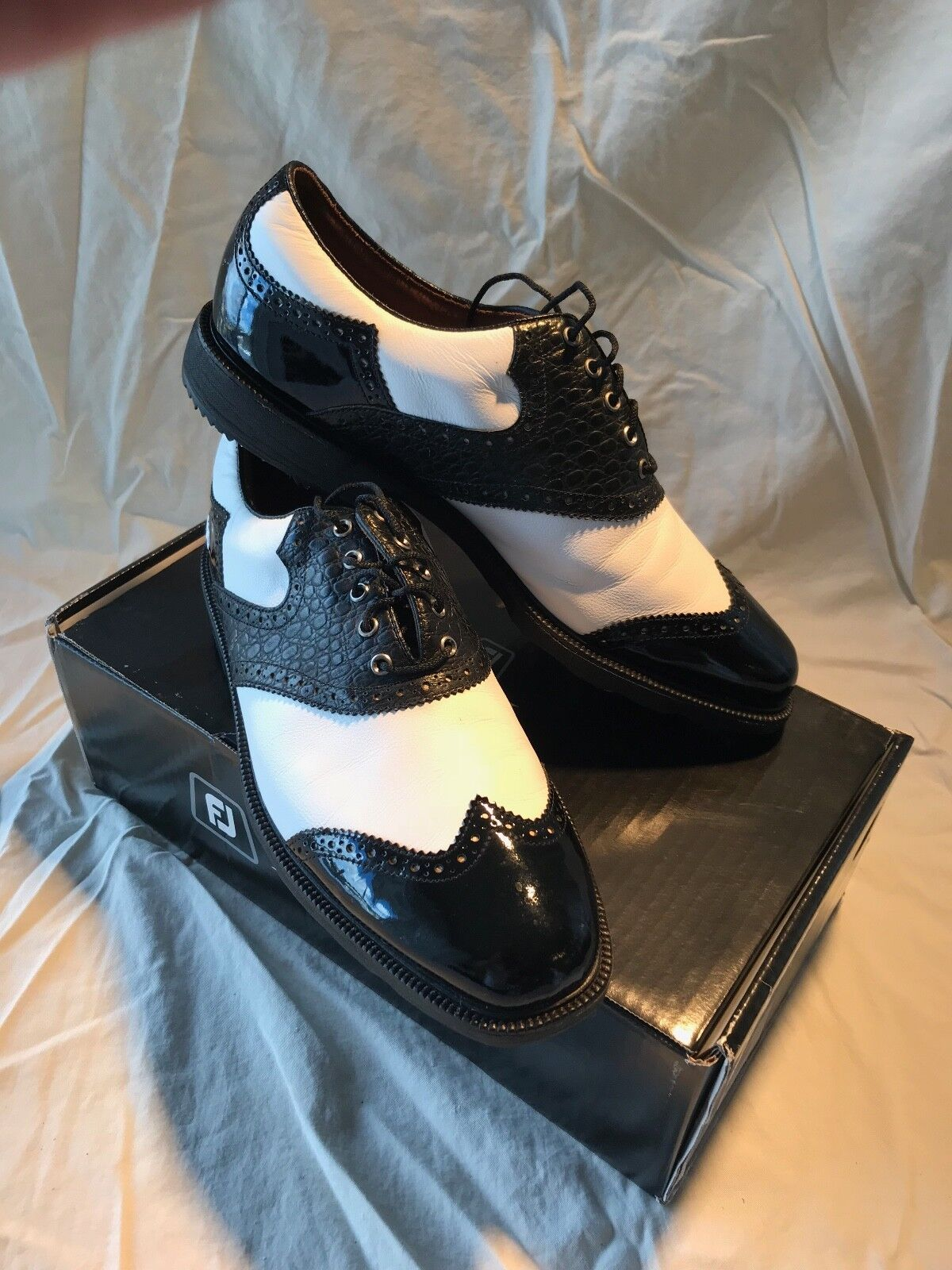 Footjoy Icon MyJoys Sheild Tip Golf Shoes, Size 9M, Excellent Condition!
