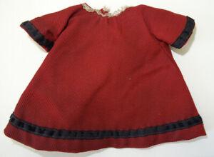 Petite robe ancienne en coton pour mignonnette porcelaine