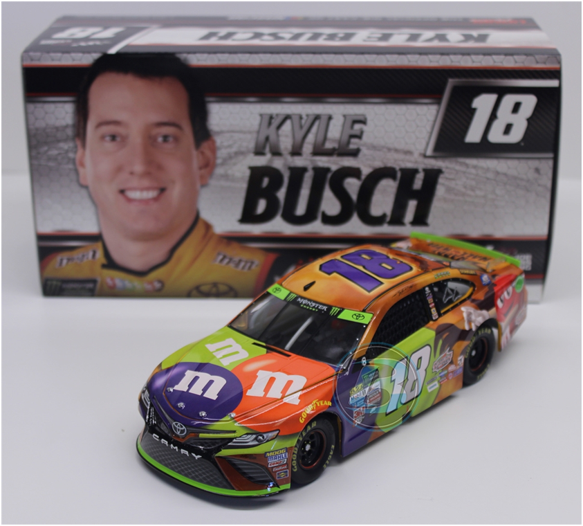 NEW NASCAR 2017 KYLE BUSCH #18 HALLOWEEN M&MS CANDY 1/24 CAR