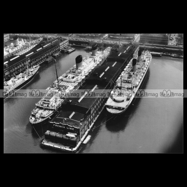 #php.01097 Photo LIBERTE & ILE DE FRANCE CGT LINE NEW YORK PAQUEBOT OCEAN LINER