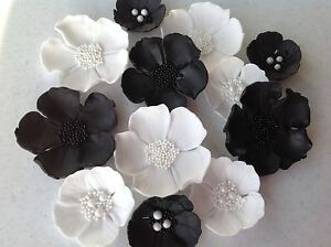 Black and white collection. Edible flowers wedding cake ...