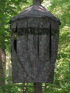 Tree-Stand-Blind-With-Roof-Bow-Master-or-Gun-Blind-Real-Tree-Tree-Tripod-Ground