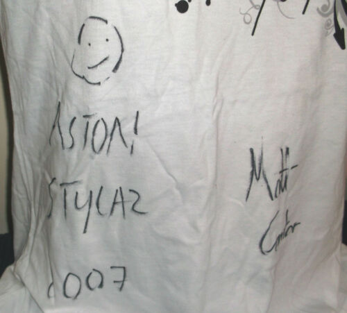 FREESTYLERS promo-only girls white cotton SIGNED T-shirt NEW/UNW