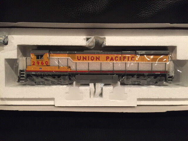 Broadway Limited GE C30-7 4 Window UNION PACIFIC Road  2960 Item  477