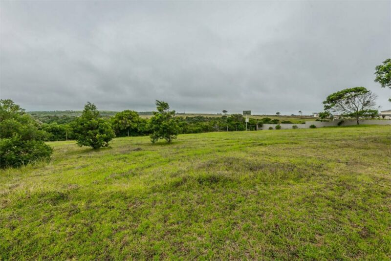 Vacant land at Le Grand - own your own piece of paradise!