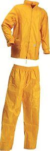 Lyngsoe-Regenset-Regenjacke-und-Regenhose-gelb-Regenbekleidung-Regenschutz