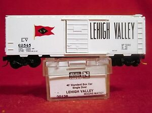 Details about MTL 20126 LEHIGH VALLEY 40' Box Car 'RED FLAG' #62545 'NEW'  N-SCALE