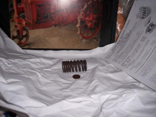 R RC RO RV RI RE Case tractor valve spring new copy of 68035C Waukesha Flat Head