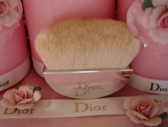100%AUTHENTIC Exclusive DIOR CAPTURE TOTALE Backstage ALL-OVER FACE POWDER BRUSH