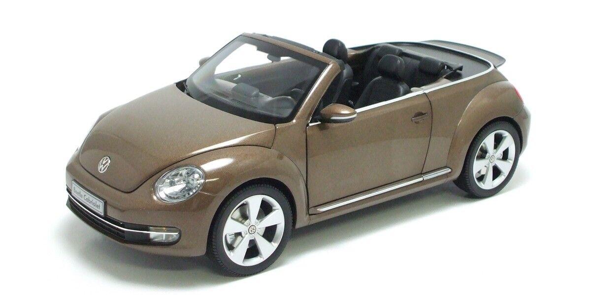 1  18 Kyosho 2013 Volkswagen Beetle Congrönible brun tärningskast brun 08882TBR