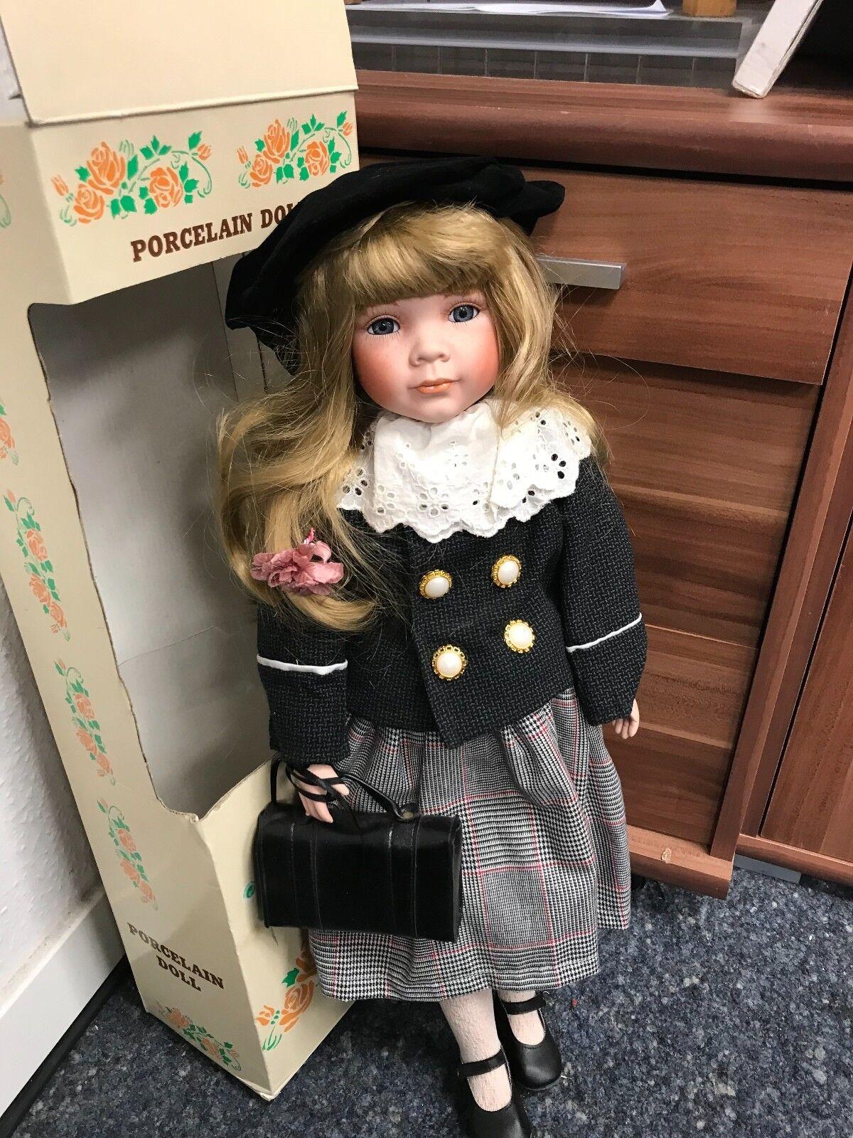 Porcellana Bambola D'Autore Bambola 55 Cm. Condizioni Top