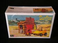 Revell Surfite With Tiki Hut 1/25 Kit