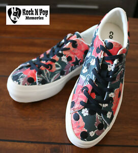 14c8bdca5bdf Converse Women s One Star Platform Ox Low Top Black Nectarine Egret ...
