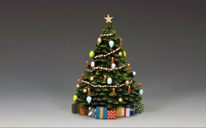 KING AND COUNTRY COUNTRY Christmas Tree with Christmas Presents XM017-01