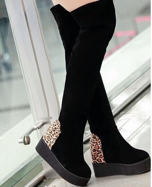 Zapatos especiales con descuento Botines botas muslo mujer plataforma cuña 5 cm elegantes cómodo negro 9095