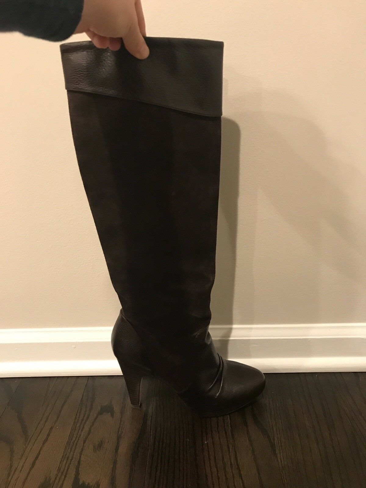 Womans Leather And Suede High Heel Boots Size 8