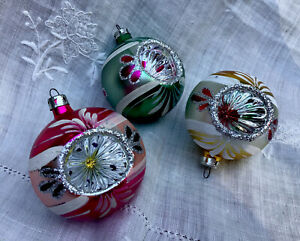 Vintage-Lot-3-MERCURY-GLASS-INDENTS-Christmas-Ornaments-Hand-Painted-Shiny-Brite