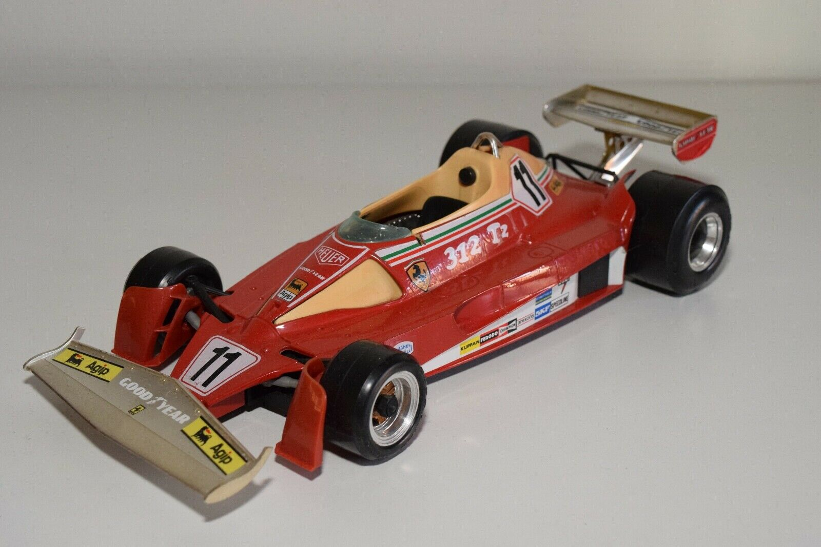 V 1 14 BBURAGO BURAGO 2101 FERRARI 312 T2 F1 FORMULA 1 EXCELLENT CONDITION