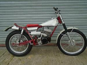FRANCIS-BARNETT-250-Classic-Pre65-Trials-bike