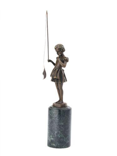 Statuette jeune fille à la pêche d´après Ferdinand Preiss style art déco bronze