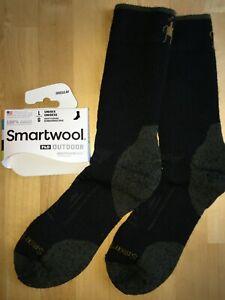 5996cc014 Image is loading SmartWool-PhD-OUTDOOR-Heavy-Crew-Socks-Black-Hike-