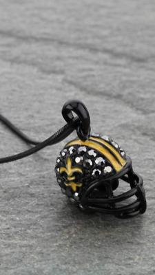 Natural Aged Flower Fleur De Lis New Orleans Necklace Saints Football
