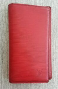 d669fc65d8f3 superbe portefeuille - porte carte - wallet louis vuitton - cuir epi