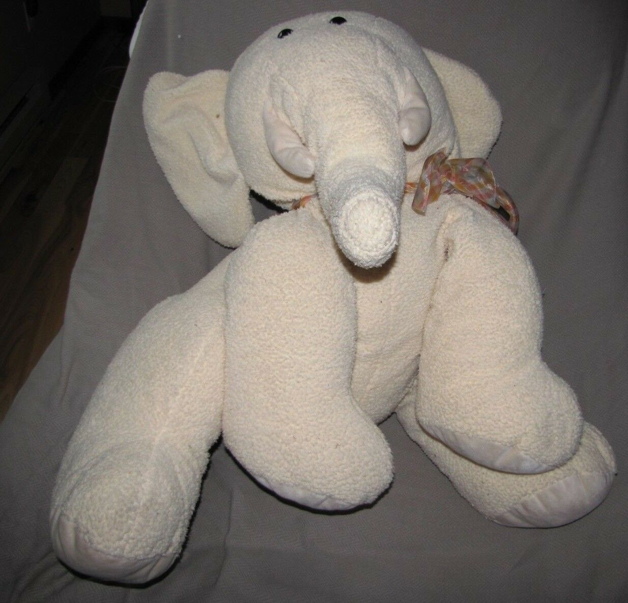 FAO SCHWARZ BABY HUGE GIANT JUMBO LARGE BIG PALE Gelb CREAM ELEPHANT BEANS