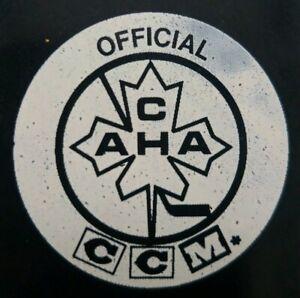 CCM-CAHA-OFFICIAL-HOCKEY-PUCK-MADE-IN-CZECHOSLOVAKIA-SARNIA-LAMBTON-039-S