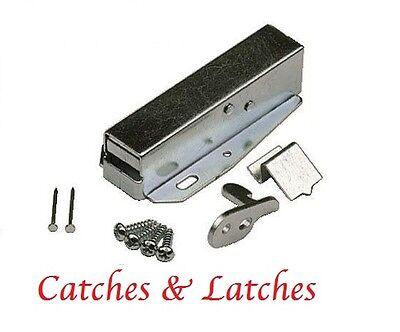 Surface Catches Kitchen Bathroom Cabinet Cupboard Door Latch Caravans 16mm