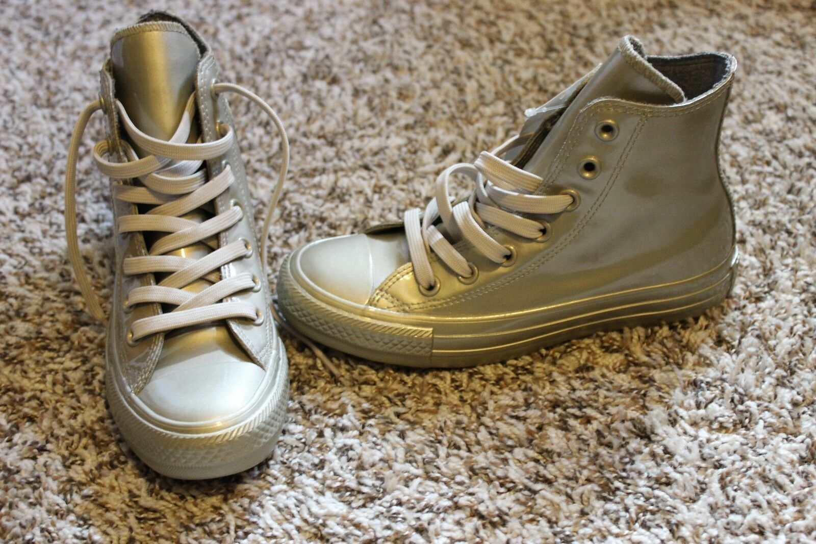 Converse Chuck Taylor gold metallic women's size 5 shoes New without box hi top