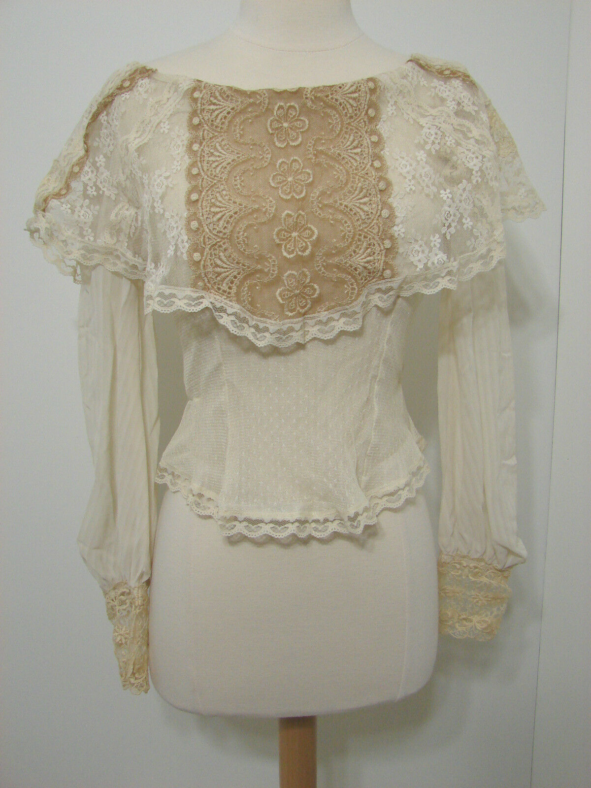 Vintage Heirlooms Susan Lane ECRU Cream Tan Chantilly Lace TapeROT Asy Blouse S