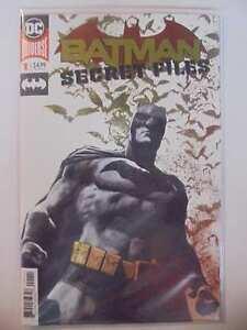 Batman-Secret-Files-1-Foil-A-Cover-DC-NM-Comics-Book