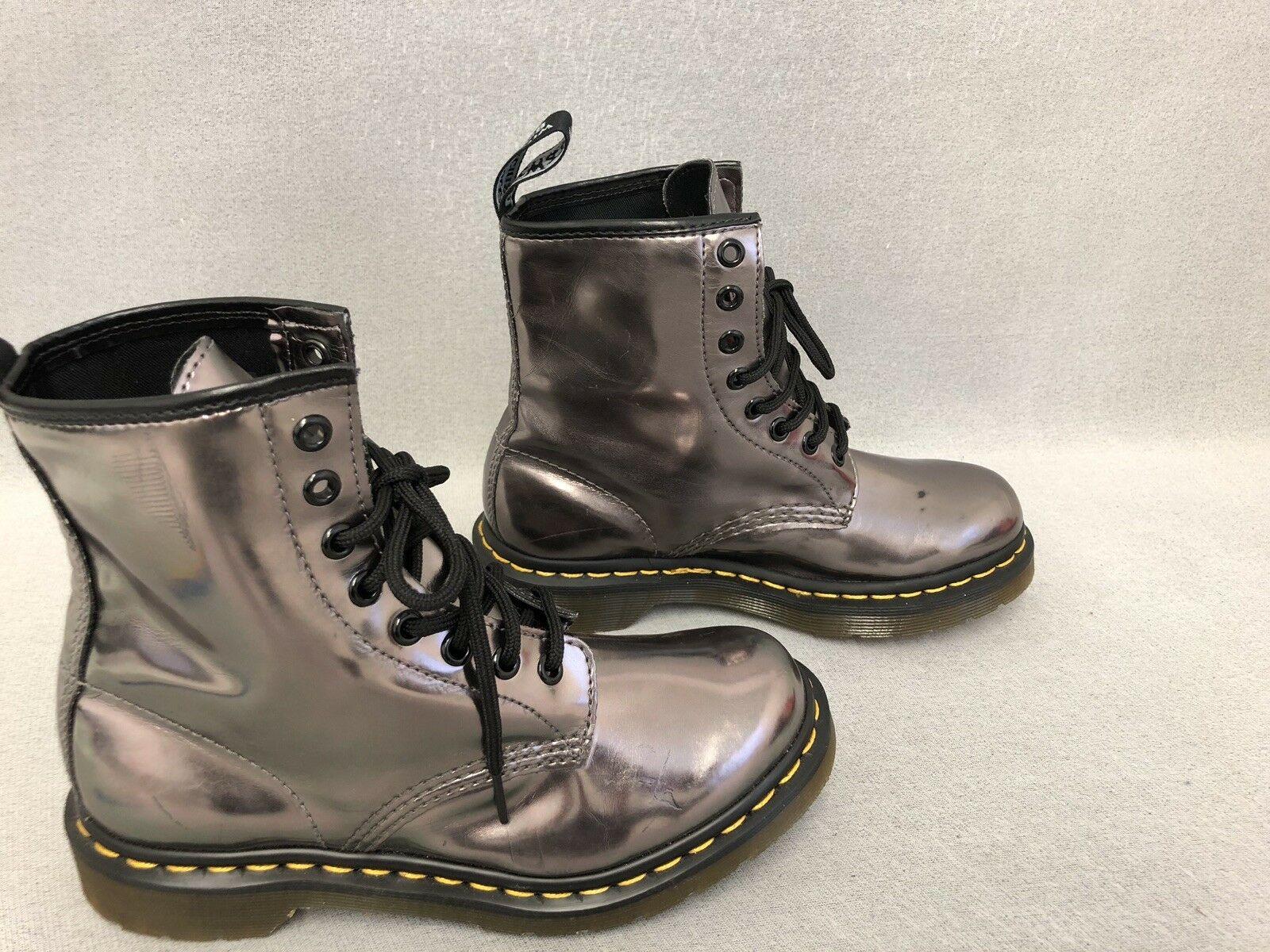 Dr Martens 14282 Womens  Boots Patent gold     Size US 6 BG4 93569f