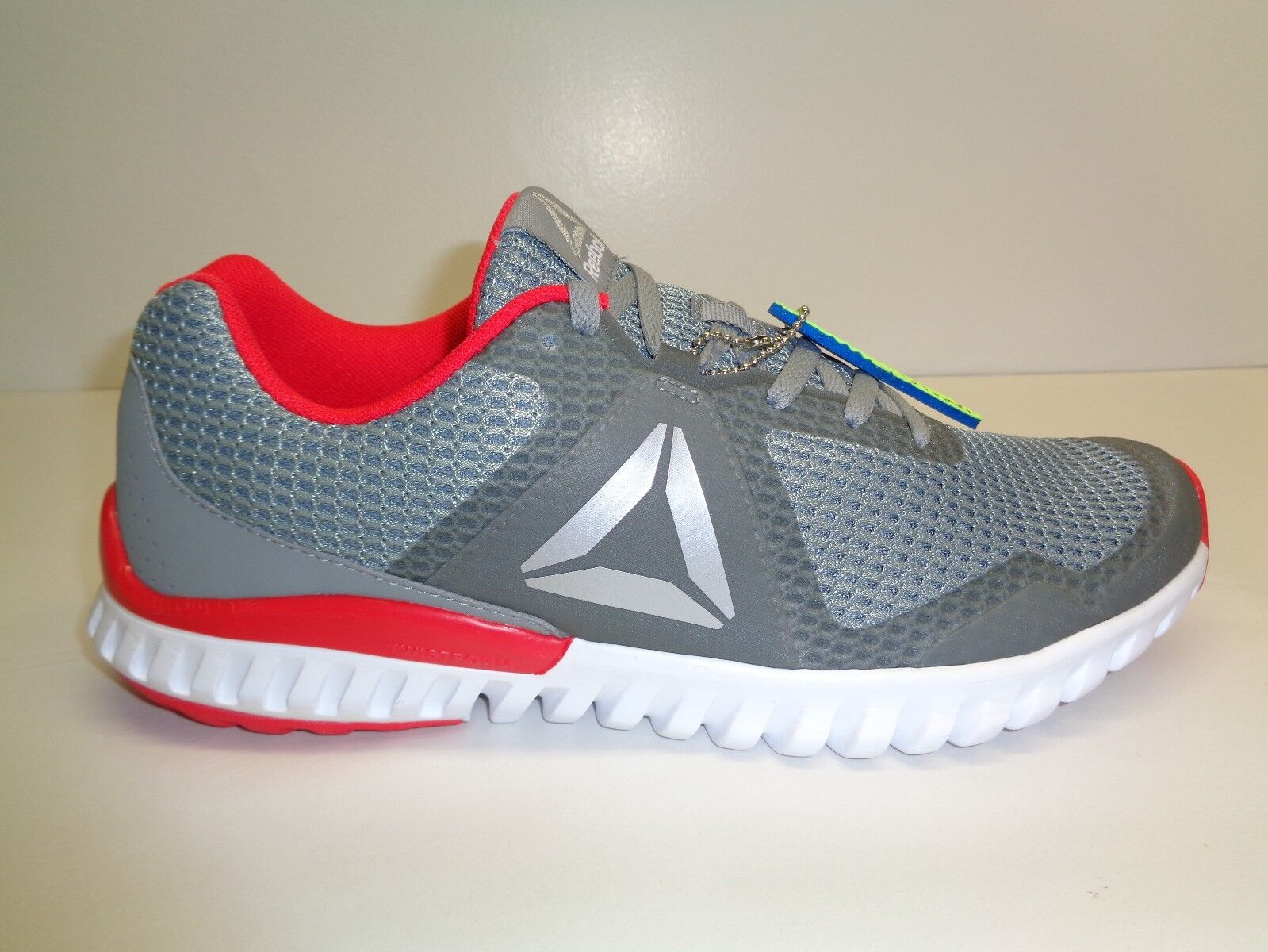 Reebok Size 11 TWISTFORM BLAZE 3.0 MTM Grey Red Running Sneakers New Mens Shoes