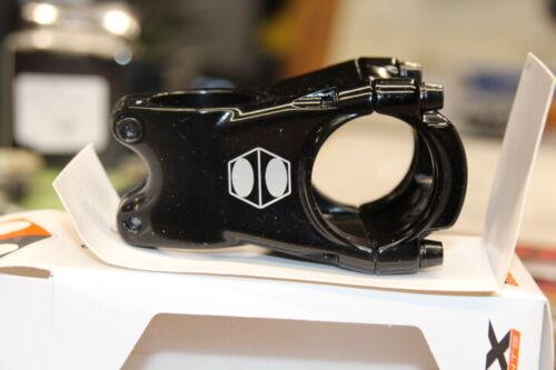 BOX Cusp Mountain Bike Stem 45mm Zero Degrees 35 Bar Clamp Black