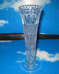 Vintage-Pressed-Glass-Narrow-Vase