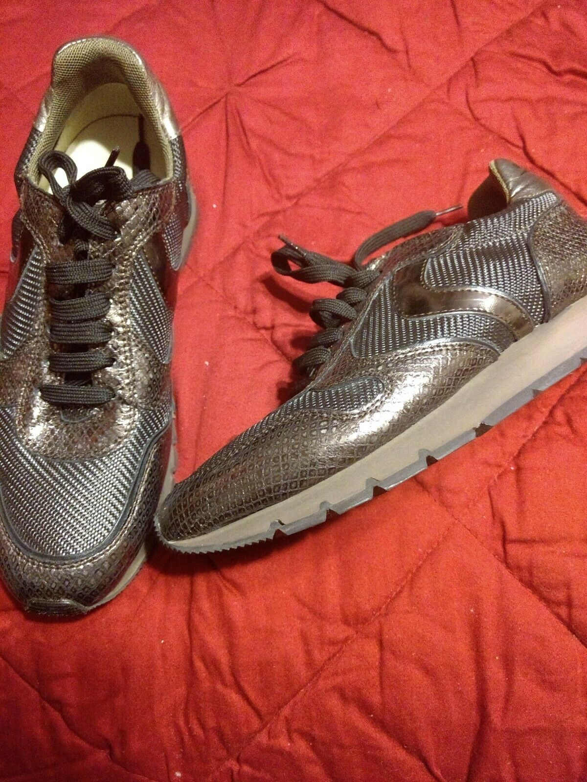 VOILE whiteHE metallic leather sneakers  walking shoes - MADE IN ITALY -S IZE 6