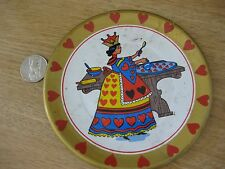 """ANTIQUE QUEEN OF HEARTS TIN LITHO Plate 5"""" Making Tarts dish OHIO ART"""