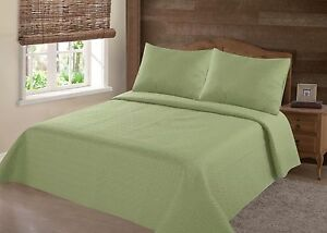 MIDWEST-SAGE-GREEN-NENA-SOLID-QUILT-BEDDING-BEDSPREAD-COVERLET-PILLOW-CASES-SET