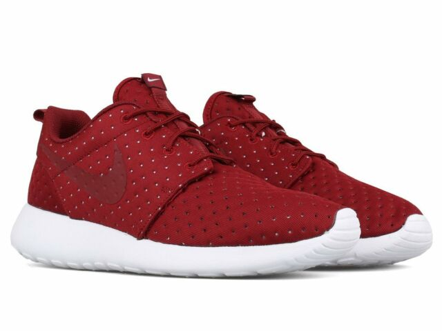 5f982e260040 Men s Nike Roshe One SE Athletic Fashion Light Weight Sneakers 844687 601  Red