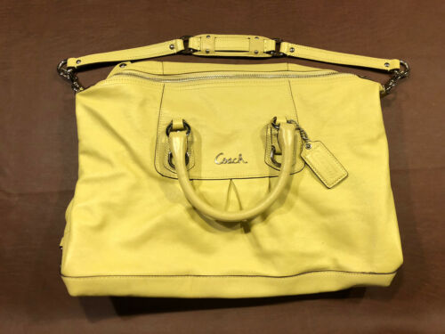 Vintage Coach Lether Shoulder Bag Yellow