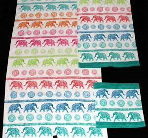 2 Cynthia Rowley Colorful Rows Of Spotted Elephants Velour Bath